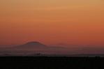 Hora Říp při východu Slunce - aut