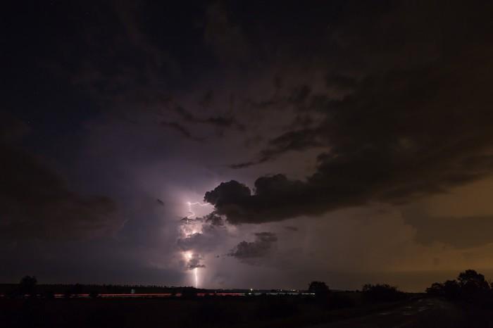 CG blesk na odcházející bouřce - autor: Jan Drahokoupil