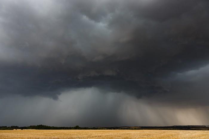 Poměrně hrozivě vypadající bouřka - autor: Jan Drahokoupil