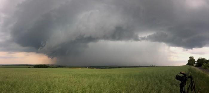 Panorama bouřky uZvoleněvsi - autor: Jan Drahokoupil