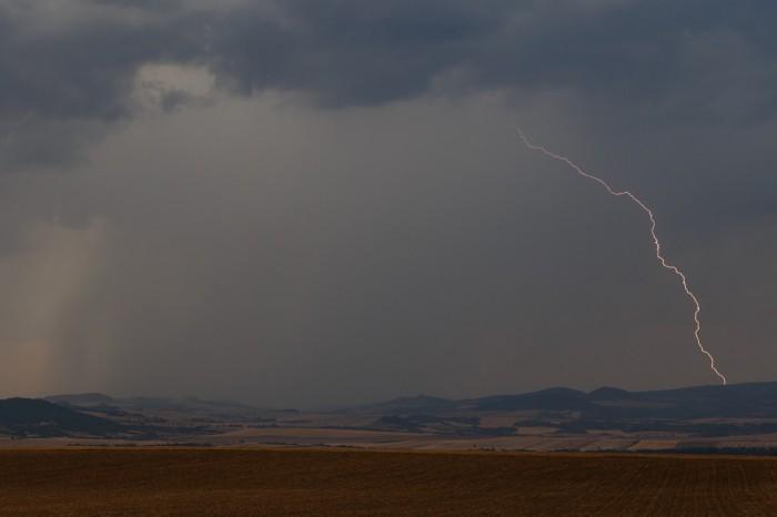 CG blesk nad Středohořím I- autor: Jan Drahokoupil