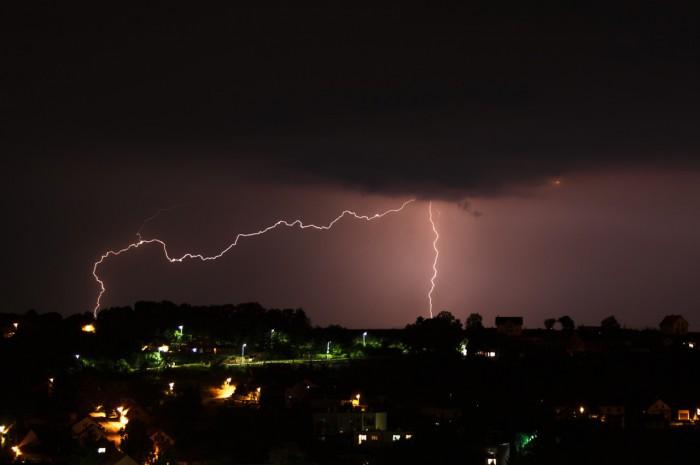 Noční blesky za Brandýskem II - autor: Jan Drahokoupil