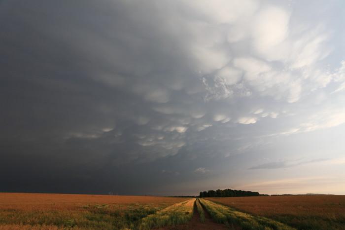 Četné oblaky mamma - autor: Jan Drahokoupil