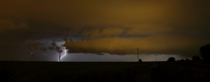 CG blesk sroll cloudem - autor: Jan Drahokoupil