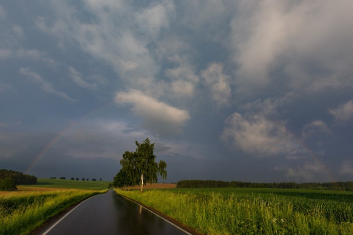 Slabá duha po bouřce - autor: Jan Drahokoupil