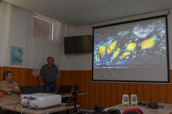 Martin Setvák a jeho zpracování družicových dat - autor: Jan Drahokoupil