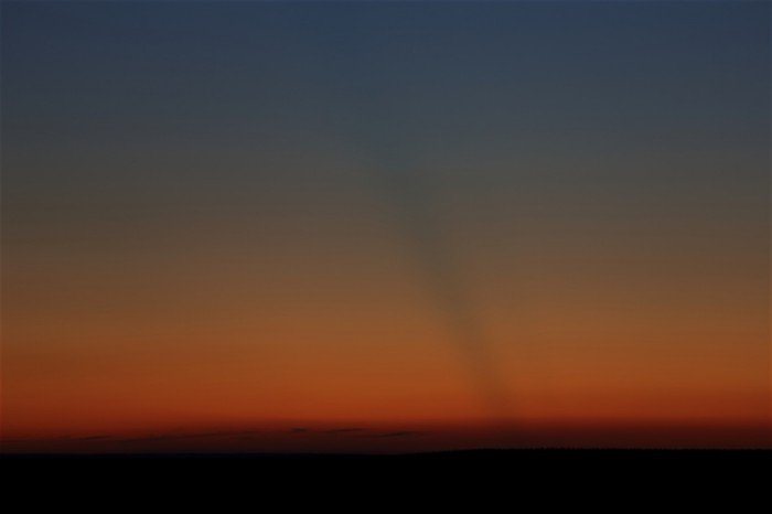 Stín oblačnosti daleko na západě - autor: Jan Drahokoupil