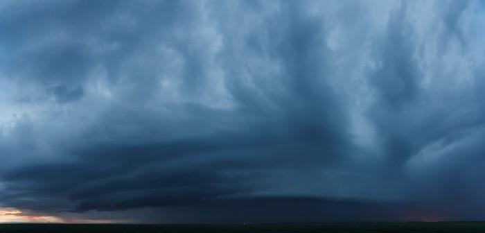 Panorama večerního shelf cloudu - autor: Jan Drahokoupil