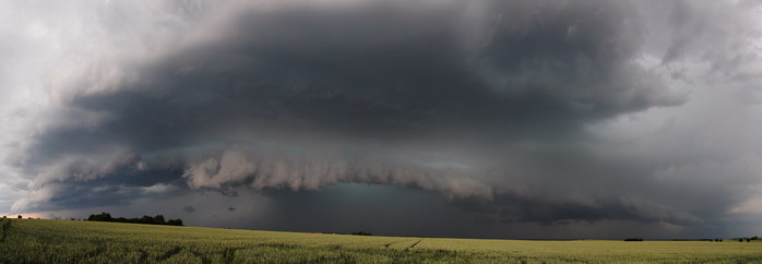 Panorama mohutného shelf cloudu - autor: Jan Drahokoupil