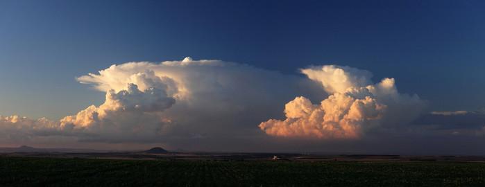 Panorama bouří - autor: Jan Drahokoupil