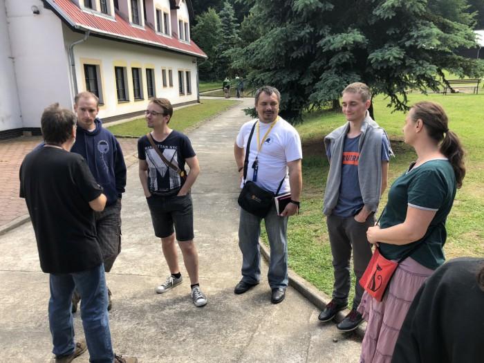 Skupinová debata - autor: Lukáš Ronge