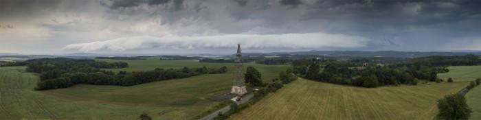 Panorama roll-cloudu uČížovky - autor: Lukáš Ronge