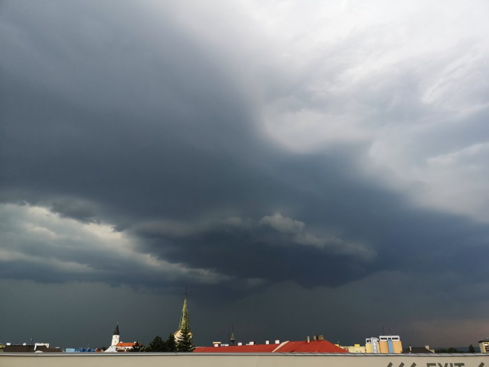 Wall cloud - autor: Michal Geryk