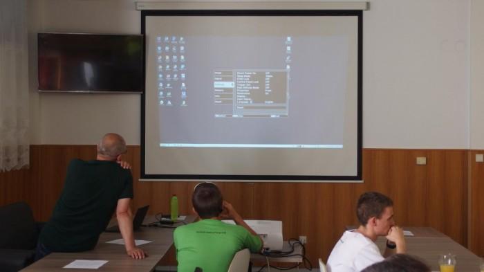 Příprava projektoru - autor: Tomáš Prouza