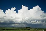 Řada slabých cumulonimbů - autor: Michal Janoušek