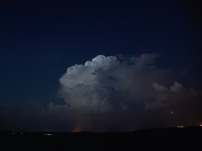 Pozápadní cumulonimbus - autor: Michal Janoušek