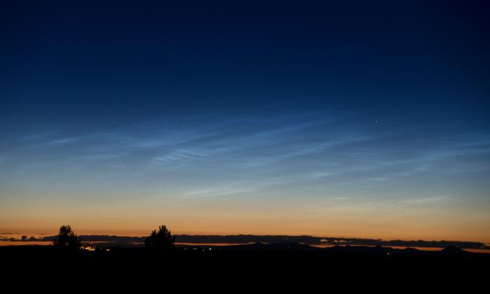 Noční svítící oblaky - bližší západní oblast - autor: Michal Janoušek