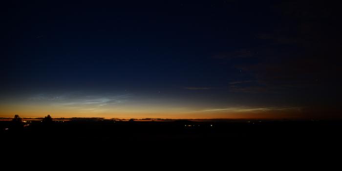 Noční svítící oblaky - obě oblasti - autor: Michal Janoušek