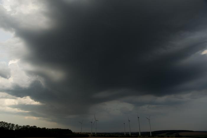 Vznikající bouřka severním směrem - autor: Michal Janoušek