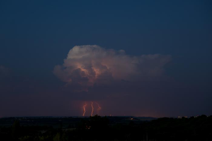 Večerní bouřka na Nymbursku - autor: Michal Janoušek