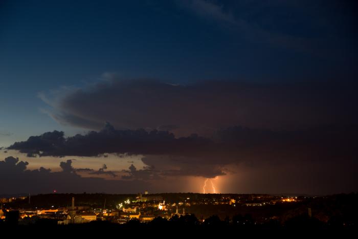 Odcházející bouřka na severu Čech - autor: Michal Janoušek