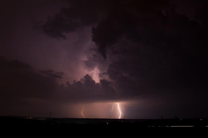 Přibližující se noční bouřka - autor: Michal Janoušek