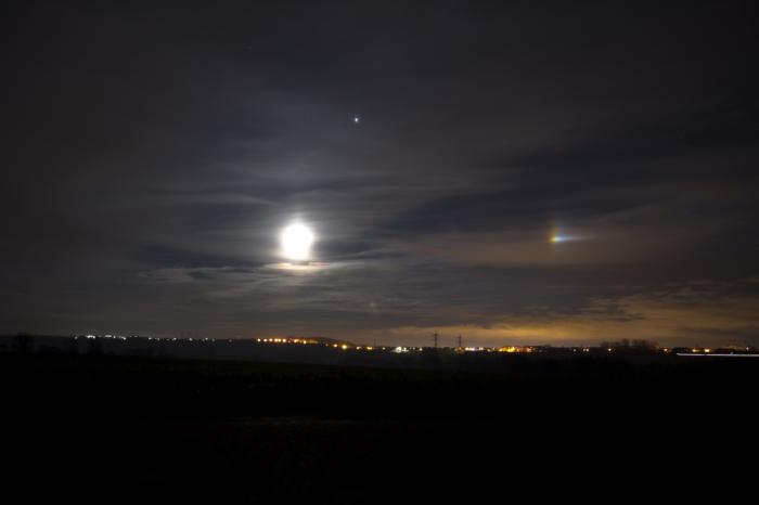 Měsíční parhelium - autor: Michal Janoušek