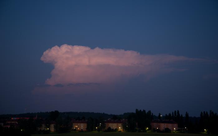 Pozápadní cumulonimbus II - autor: Michal Janoušek