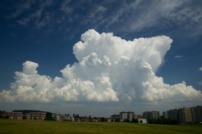 Právě vzniklý cumulonimbus - autor: Michal Janoušek