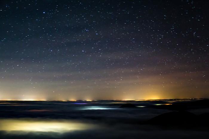 Gravitační vlny vairglow - autor: Tomáš Novotný