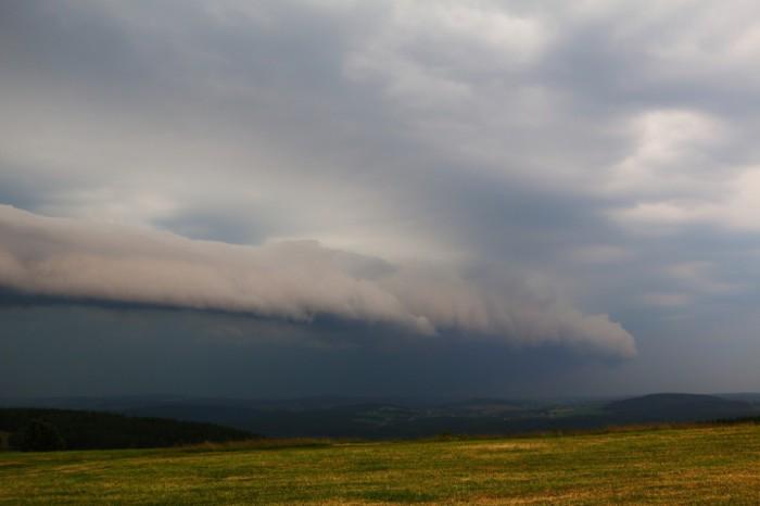 Arcus na čele bouře - autor: Tomáš Novotný