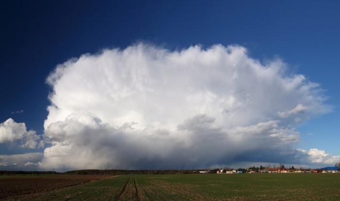 Panorama přicházející bouřky - autor: Tomáš Novotný