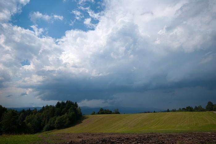 Přicházející bouřka swall cloudem - autor: Matěj Grék