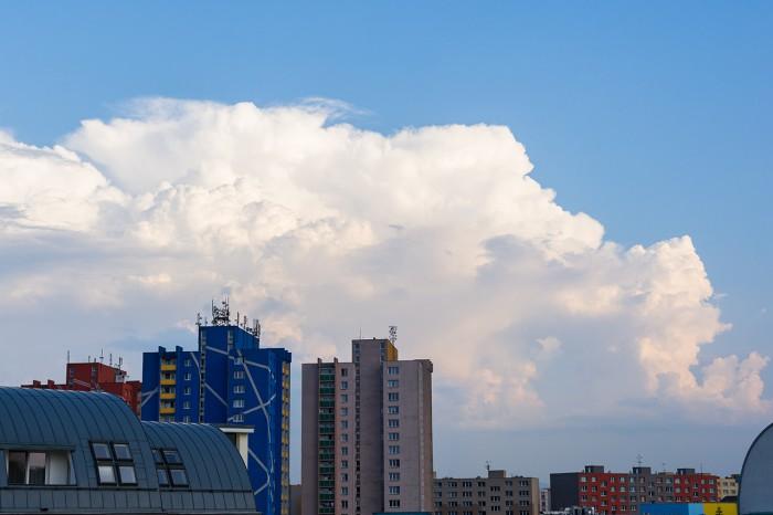 Cumulonimbus nad Beskydy - autor: Matěj Grék