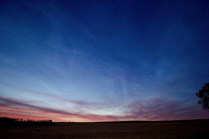 Severní obloha pokryta slabými NLC - autor: Jiří Kaňovský
