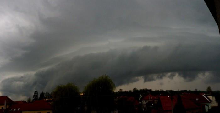 Panorama bouřky - autor: Jiří Kaňovský