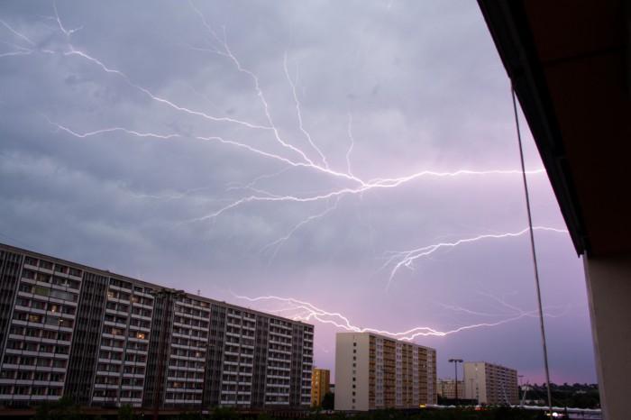 První bouřka - Anwil Cravler - autor: Ondřej Míl