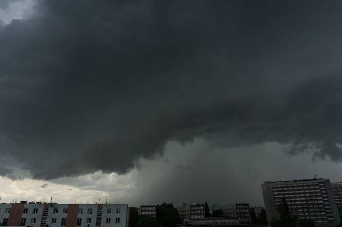 Mohutný nástup bouře - autor: Luboš Opalecký