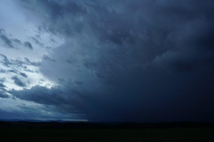 Nástup bouře 1 - autor: Luboš Opalecký