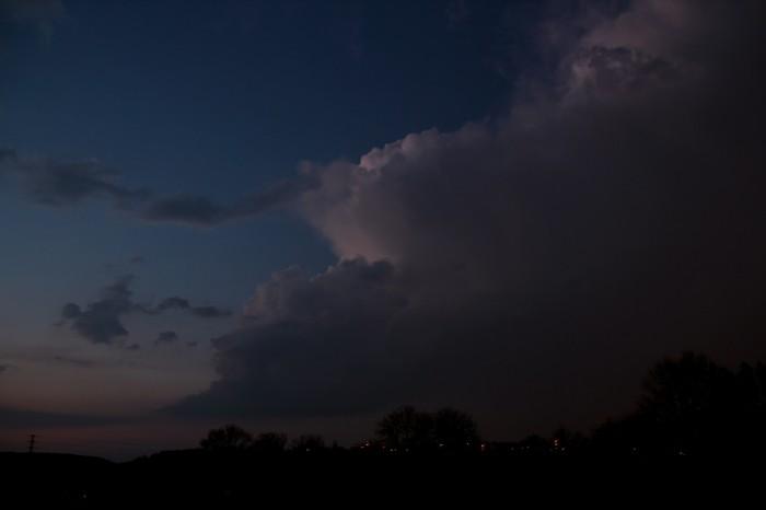 Vzdalující se cumulonimbus - autor: Luboš Opalecký