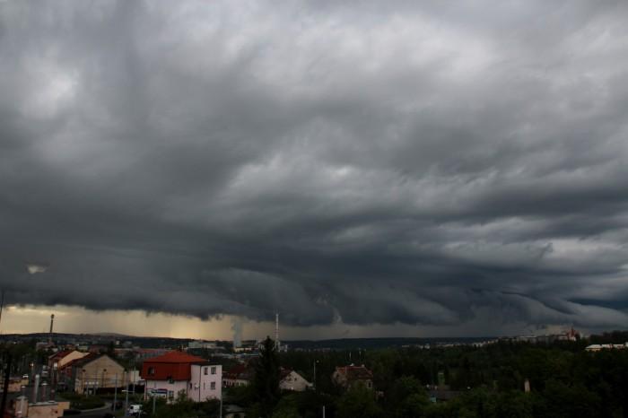 Čelo přicházející bouře - autor: Luboš Opalecký
