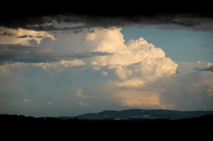 Zadní část bouře vRakousku 2 - autor: Luboš Opalecký