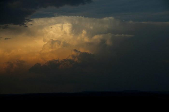 Bouře před zákrytem oblačností - autor: Luboš Opalecký