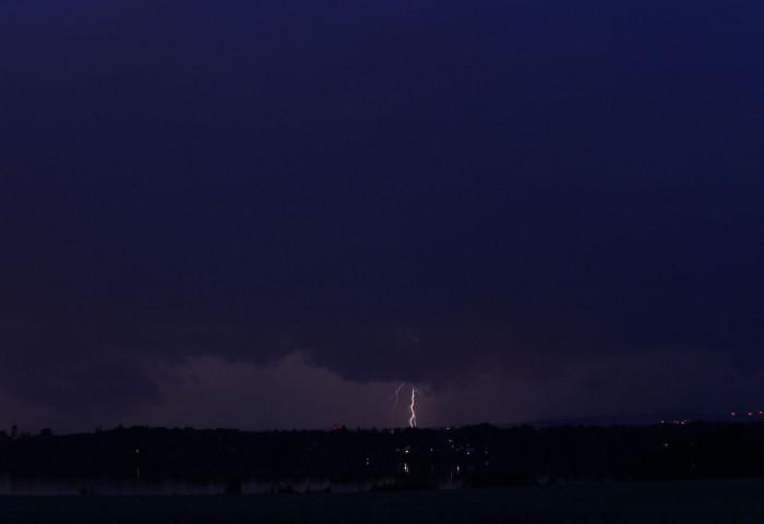 Blížící se bouře - autor: Luboš Opalecký