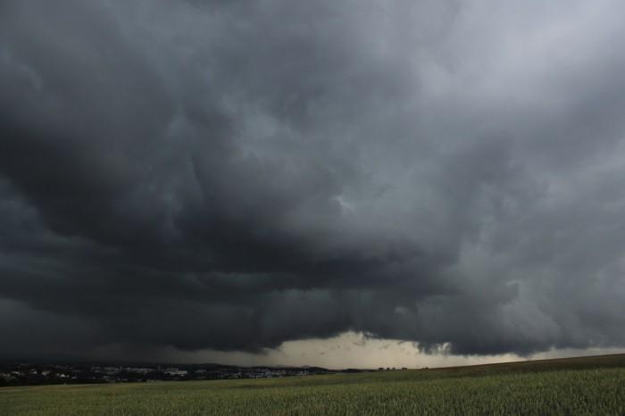 Zajímavá bouřka nad Plzní - autor: Luboš Opalecký
