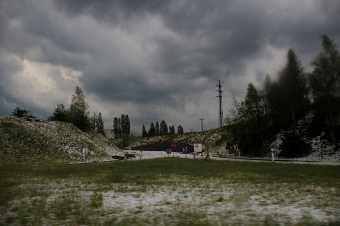 Krajina zasažená silným krupobitím - autor: Luboš Opalecký