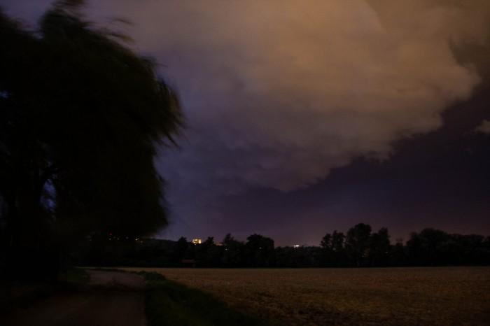 Přechod čela bouře - autor: Luboš Opalecký