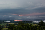 útvar připomínající roll cloud prosvětlený bleskem - autor: Dagmar Müllerová