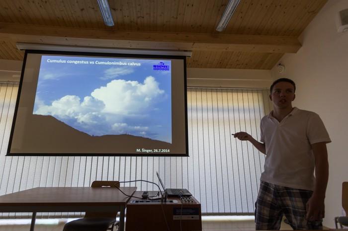 Miro Šinger - Oblačné struktury bouřek - autor: Dagmar Müllerová