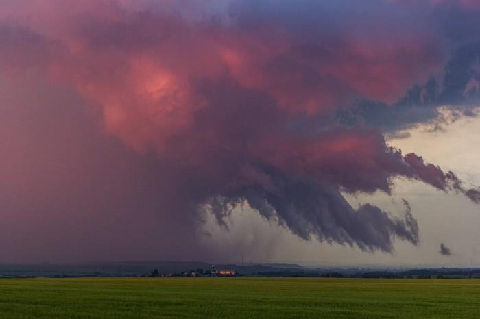 Nasvícené nasavání do bouřky - autor: Dagmar Müllerová